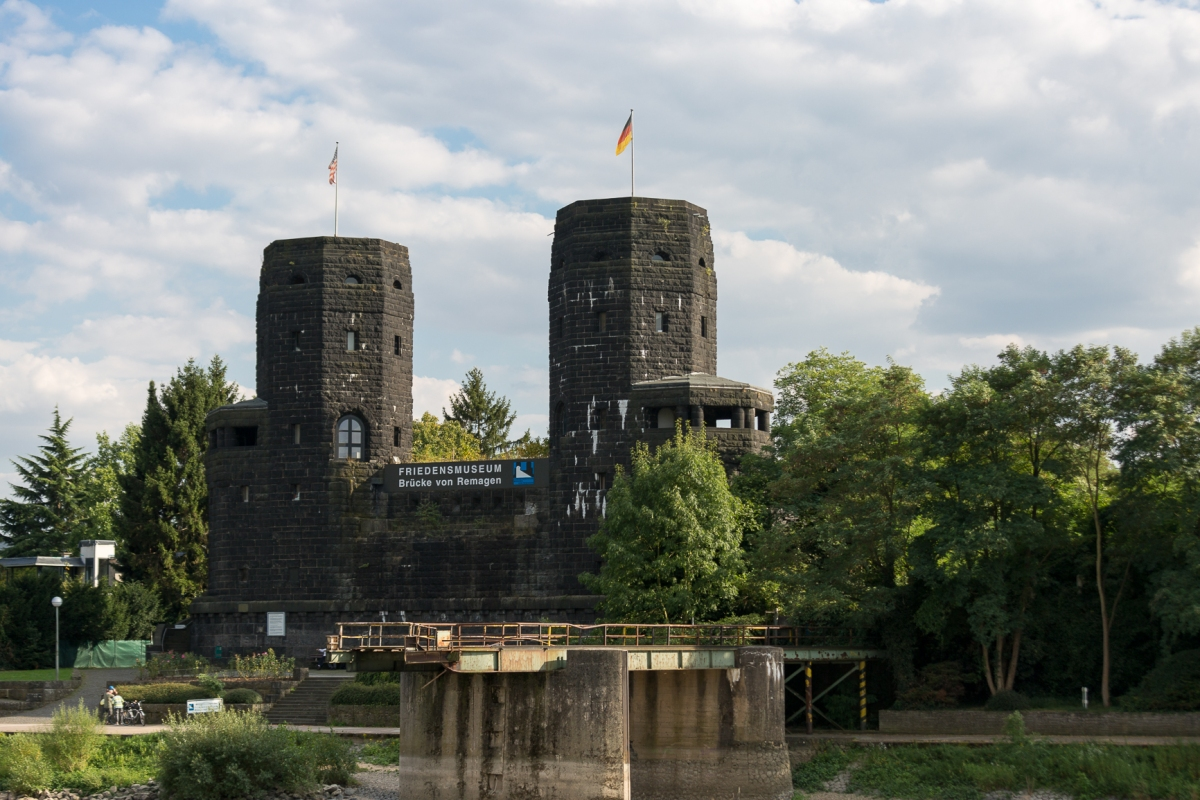 castles-8-of-77