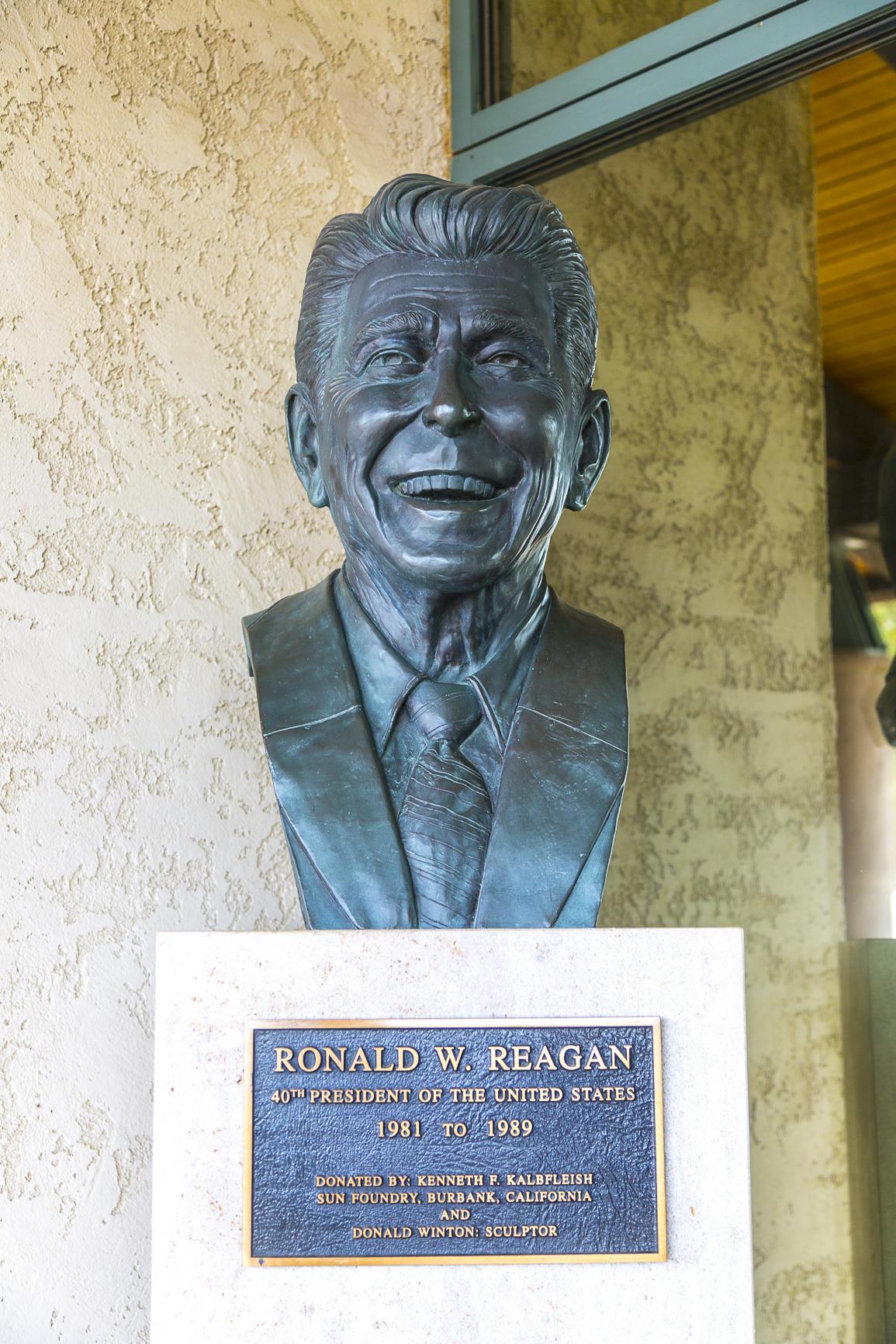 Reagan-40
